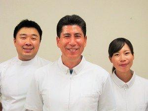 町田で整体を受けるなら【慢性的なつらい症状が良くなる】からだ回復整体町田 3人集合写真